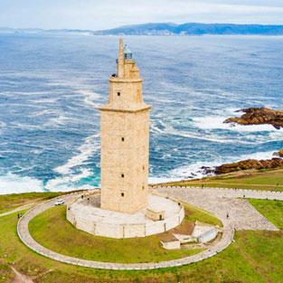 Viaje de estudios visita Torre de Hercules